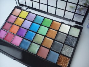 32 Colors Cream Eyeshadow