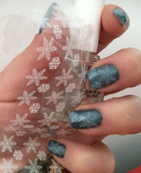 nail art snow