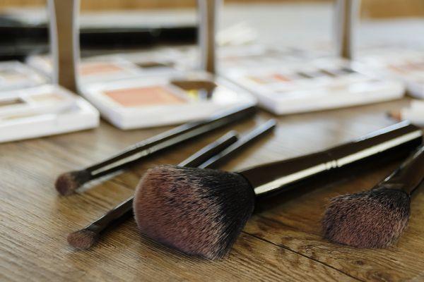 pensule make-up