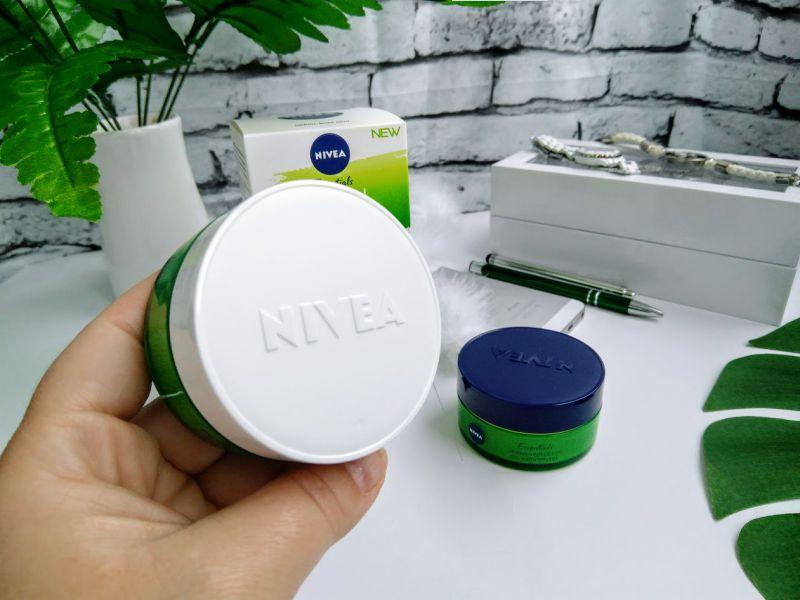 Crema NIVEA Urban Skin Defence