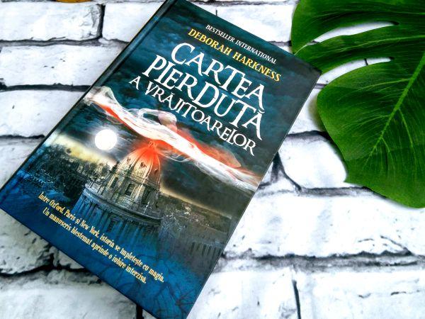 Cartea pierdută a vrăjitoarelor, de Deborah Harkness - recenzie