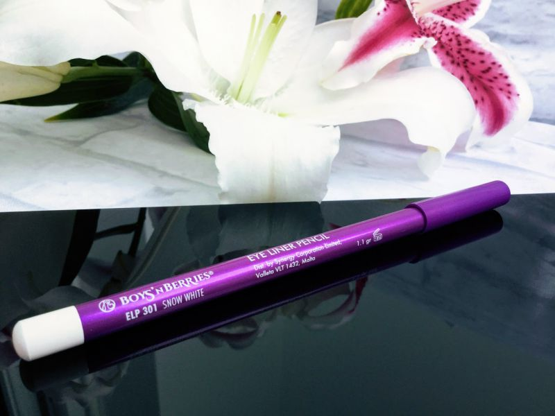 Boys'n Berries Pro Eye Liner Pencil Snow White review