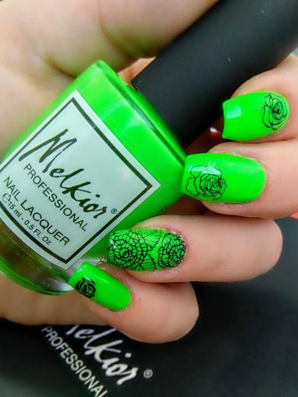 Manichiura Fluo Green
