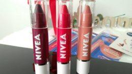 creioane buze NIVEA