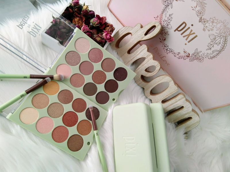 Eye Reflections Shadow Palette Collection by PIXI, review
