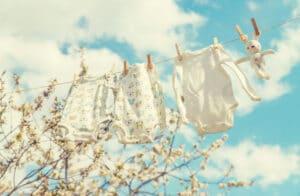 cum spalam hainele de bebelusi