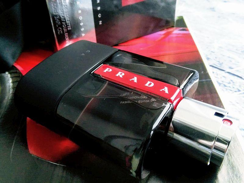 Prada Luna Rossa Carbon Eau de Toilette pentru bărbați