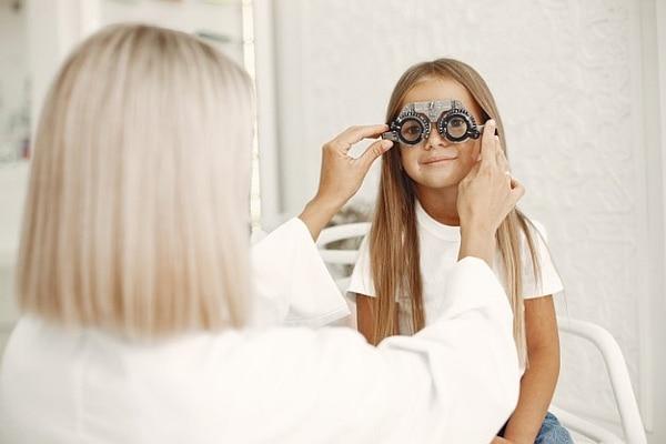 consultatii oftalmologice copii