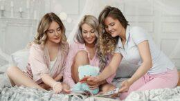 petreceri in pijamale
